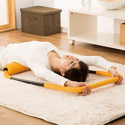 寝ながらぶら下がり健康器
