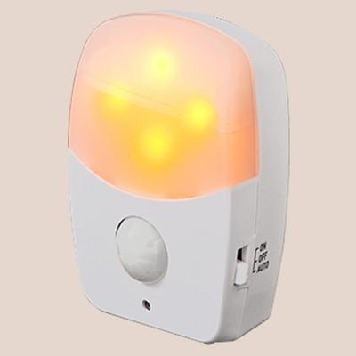日本直販オンラインどこにでも置けるLEDセンサーライト